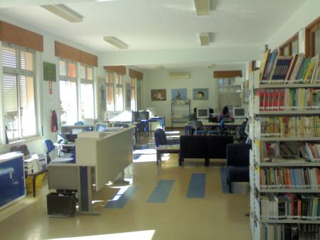 Biblioteca da Escola Secundária Ibn Mucana